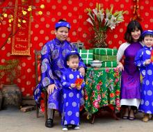 Vườn đào Nhật Tân đã khoe sắc chào đón Tết Đinh Dậu