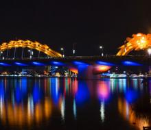 Đến Đà Nẵng ngắm cầu Rồng phun lửa, phun nước