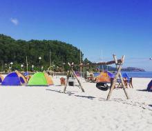 Chưa cắm trại tại biển Cảnh Dương thì thật phí một thời tươi trẻ!