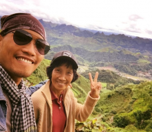 Chàng trai đưa mẹ U60 phượt xuyên Việt